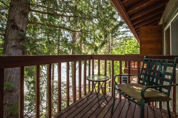 shenandoah suite river view vacation rental in leavenworth wa