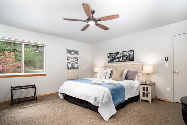 Wenatchee 2-Bedroom Apartment river view vacation rental in leavenworth wa